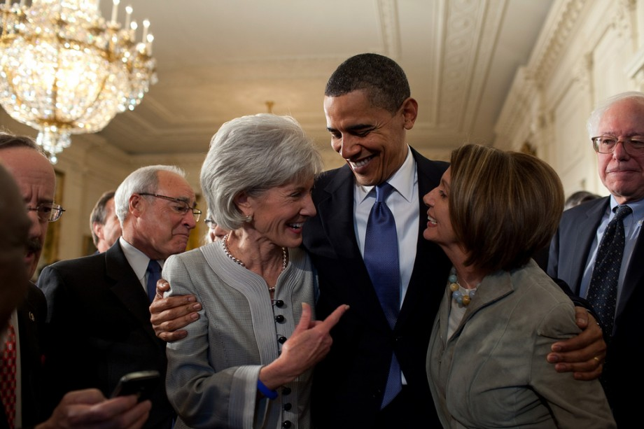 Barack Obama, Kathleen Sebelius and Nancy Pelosi after signing the healthcare bill