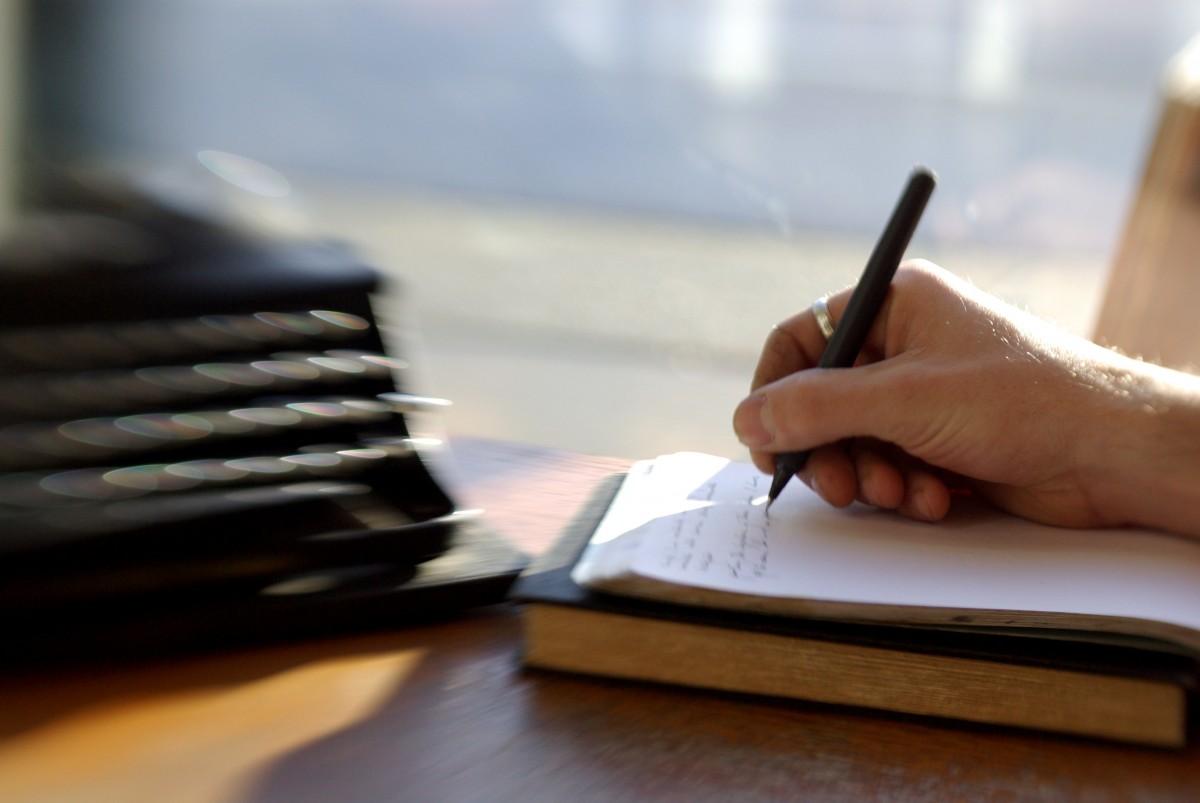 Writing speech by hand