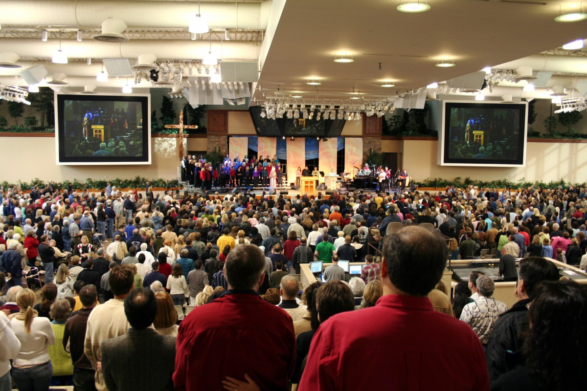 Saddleback church congregation